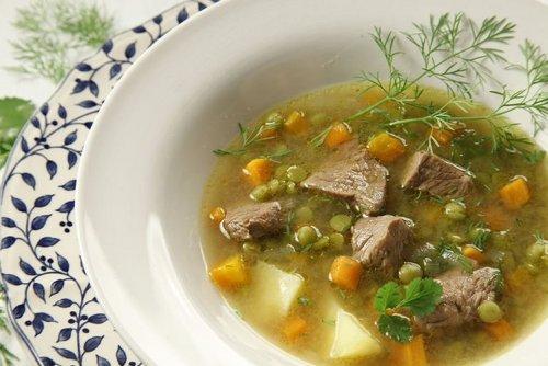 Простой, диетический гороховый суп с говядиной